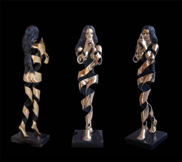 Roberto Piaia, Mudra, 2017, fusione di bronzo A97 cm.