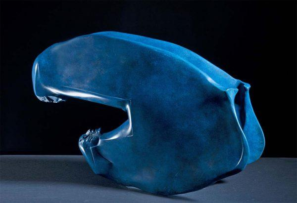 Novello Finotti, Dondolo blu, 2011, bronzo, 56x16x37 cm