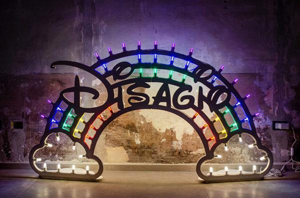 David Cesaria, Disagio, 2019, luminarie in legno con luci led, 180x100cm